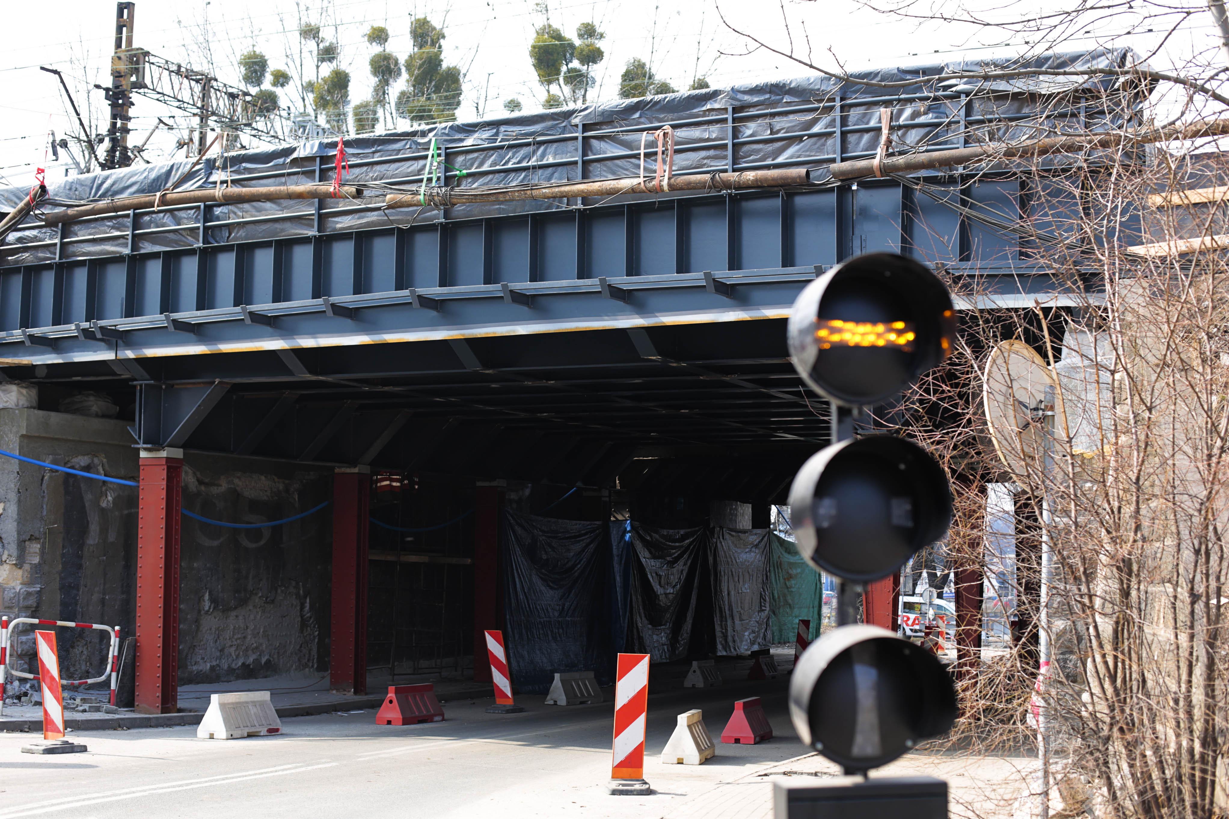 Obrazek: wiadukt na Chwałowickiej w trakcie zmian