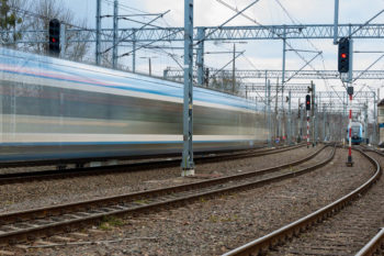Obrazek: rozmyty pociąg