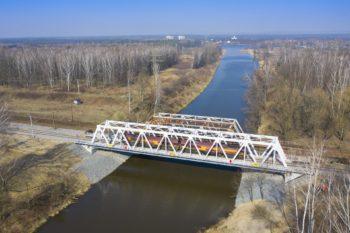 Gotowy most nad Kanałem Kędzierzyńskim