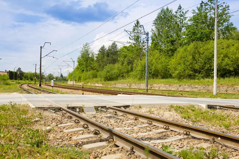 Obrazek: przejazd kolejowo drogowy w Pławniowicach