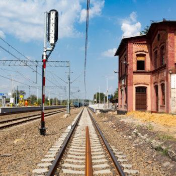Zdjęcie: wyremontowane torowisko na stacji Żory.
