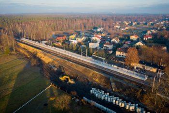 Grudzień 2020: zmiany na stacjach, przystankach i przejazdach kolejowo-drogowych