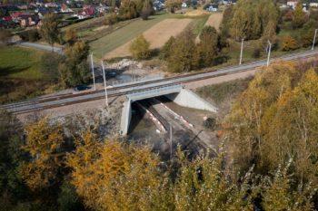 Zdjęcie: widok z lotu ptaka na wiadukt w Gorzowie.